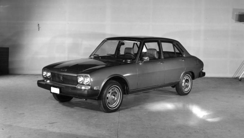 504_Peugeot_Garage_site_(4)