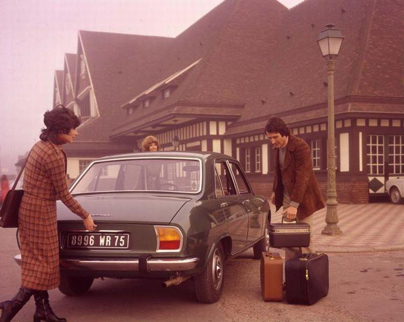 504_Peugeot_Garage_site_(8)
