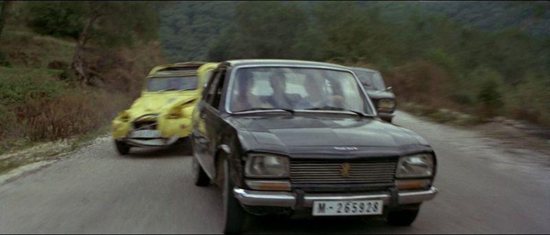 504_Peugeot_Garage_site_Filme_007_Estrada