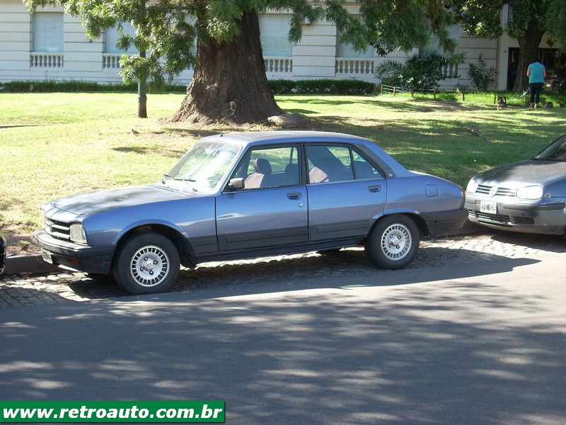 504_Peugeot_Garage_site_Ruas_(9)