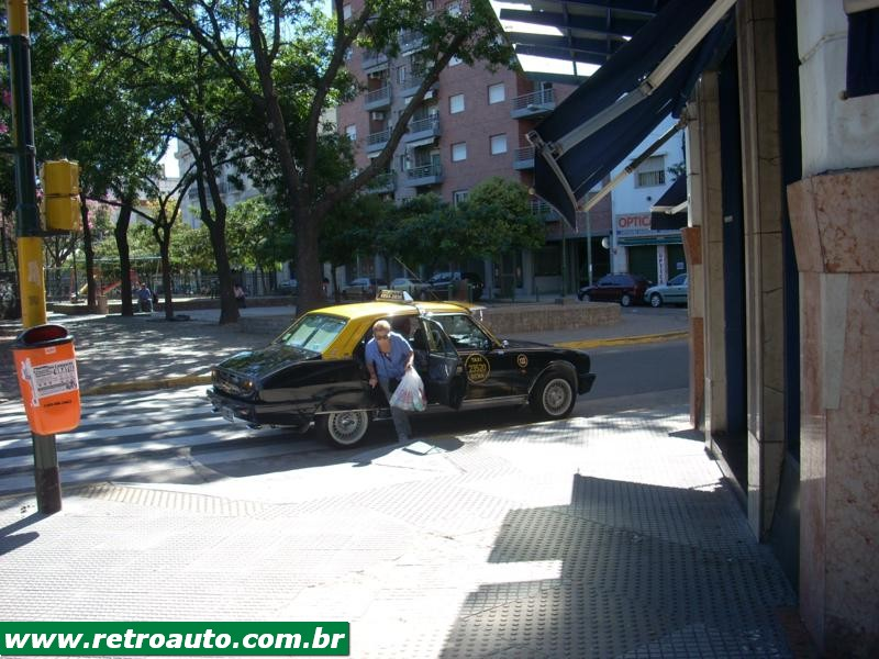 504_Peugeot_Garage_site_Taxi_Bs_As