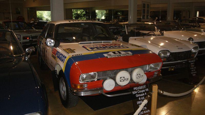 504_Peugeot_Garage_site_coupe_course