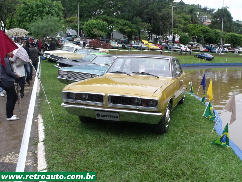 Chrysler_Dodge_Dart_Chager_Garage_(4)