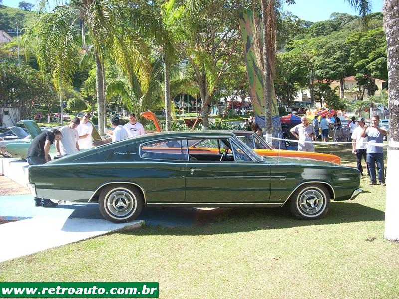 Chrysler_Dodge_Dart_Chager_Garage_(46)