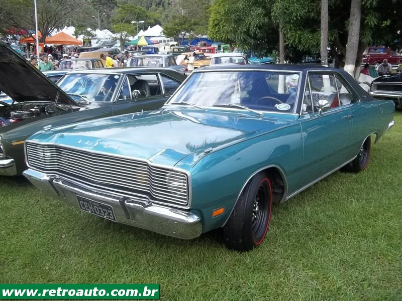 Chrysler_Dodge_Dart_Chager_Garage_(58)