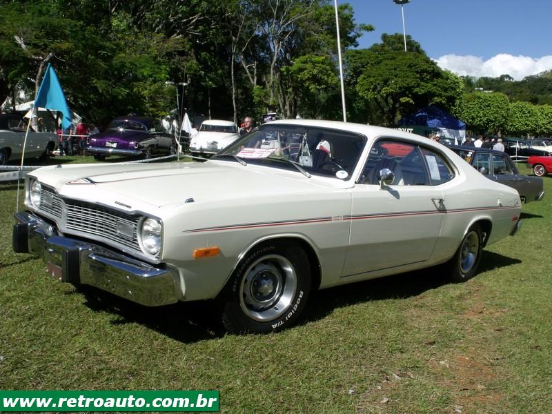 Chrysler_Dodge_Dart_Chager_Garage_(67)