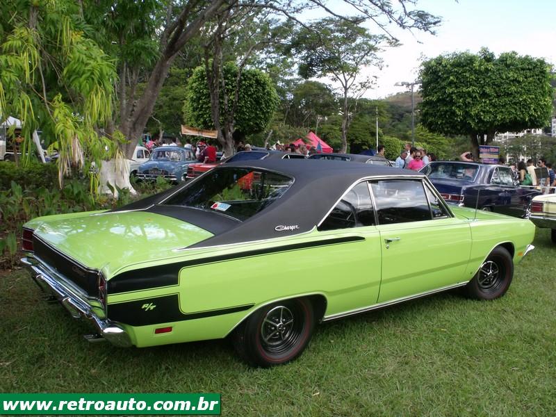 Chrysler_Dodge_Dart_Chager_Garage_(70)
