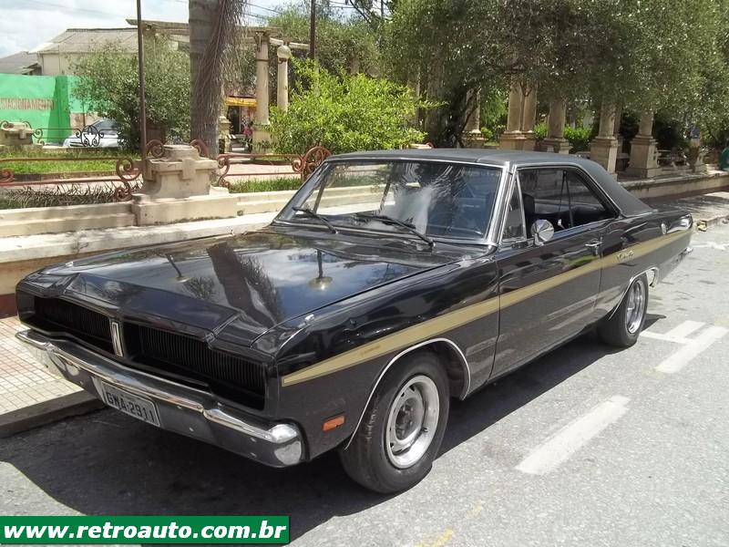 Chrysler_Dodge_Dart_Chager_Garage_(84)