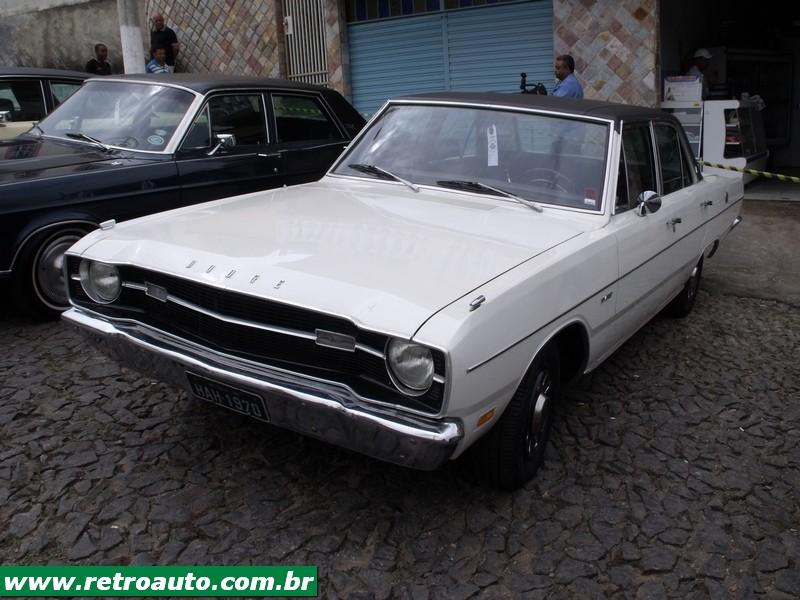 Chrysler_Dodge_Dart_Chager_Garage_(85)