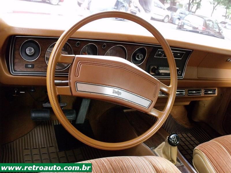 Chrysler_Dodge_Dart_Chager_Garage_2_parte_(13)