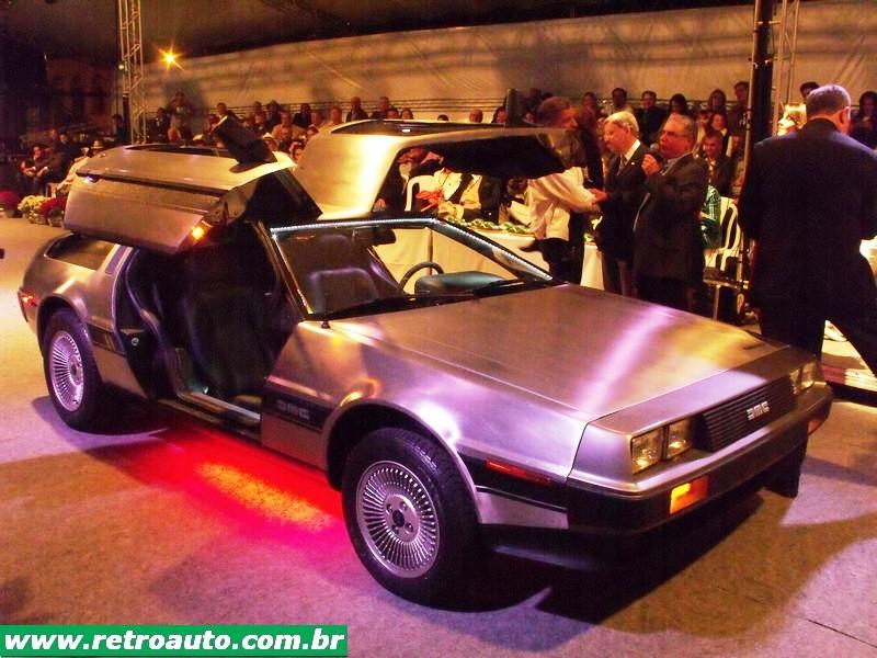 DeLorean_DMC_Carro_(25)