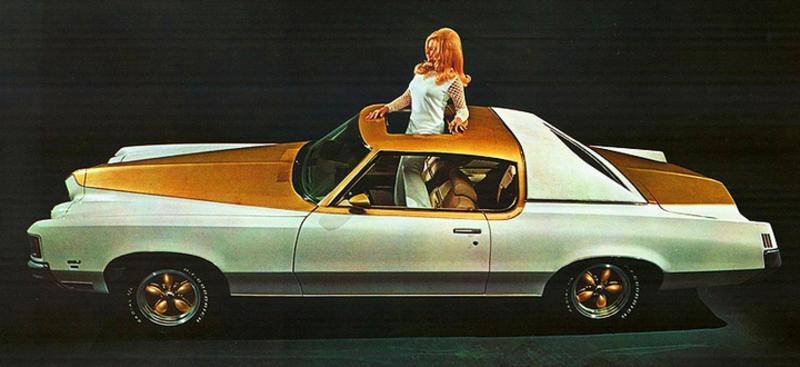Pontiac_Grand_Prix__Site_Garage_1971