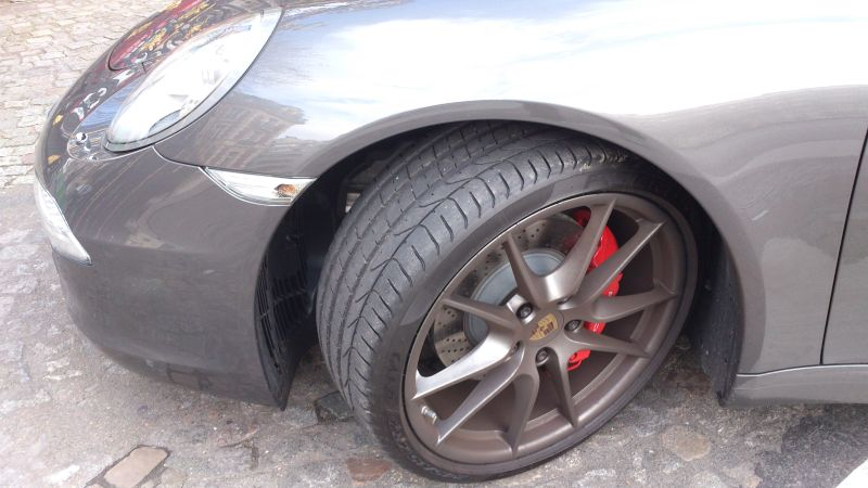 Porsche_911_PDK_JACK_roda